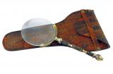 Lupe mit Messinggriff im Lederetui • 18,5 cm